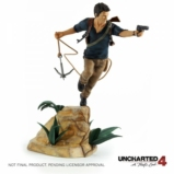 Statuette Uncharted 4 : A Thief's End Nathan Drake - 30 cm