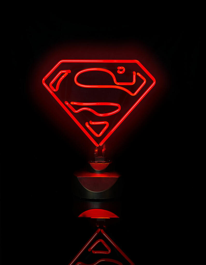 lampe full n on superman logo 23 x 30 cm acheter. Black Bedroom Furniture Sets. Home Design Ideas